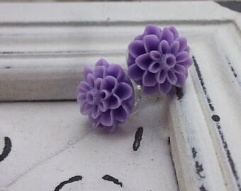 Lavender Mum Earrings