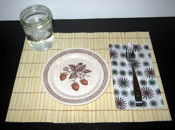 Set of 4 handcrafted cloth napkin - firework flower pattern
