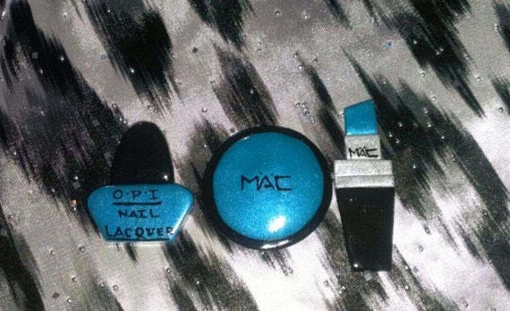 M.A.C. Makeup Inspired Cabochons Eyeshadow (40mm), Lipstick (45-50mm), O.P.I. Inspired Nail Polish (35mm)