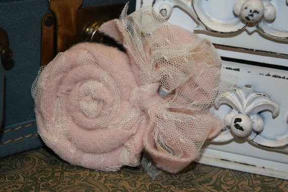Pink  Wool Flower Rose Pin with lace or Rosette Brooch w/Bow