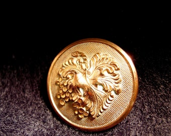 Grapes Golden Age Antique Brass Button - Wadhams and Co