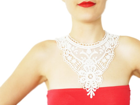 Yericia // FREE SHIPPING // Handmade White Crochet Cotton Lace Collar Necklace Applique Blouse Accessories Bib NecklaceBLACK FRIDAY