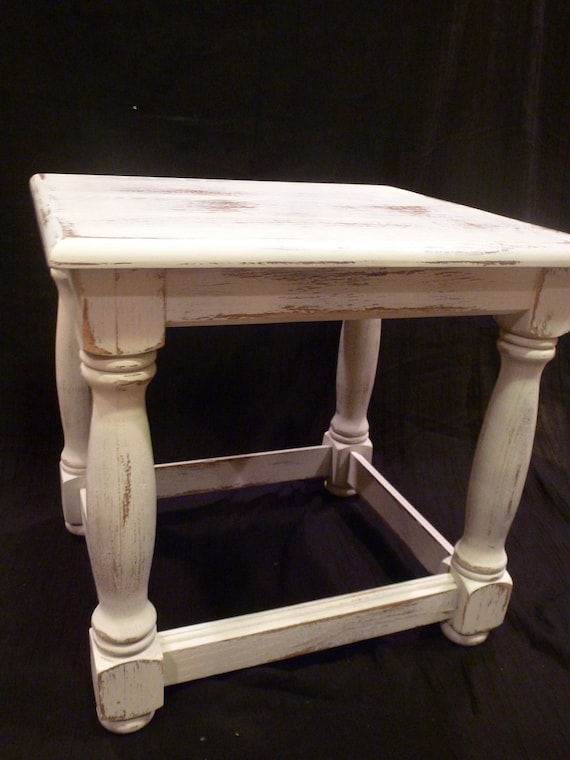 VIntage Shabby Chic Cottage White Distressed Side / Coffee Table Square