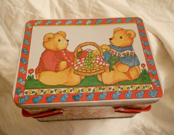 Teddy Bear Metal Lunchbox or Picnic Tin