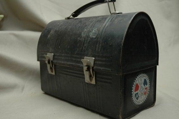 Fabulous metal lunchbox