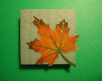 Domino magnet - Maple leaf