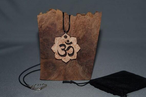 Yoga inspired pendant. PYL1002