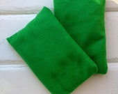 Feet warming slipper inserts set of 2 can be ice packs too soft green fabric peppermint scent hot cold therapy