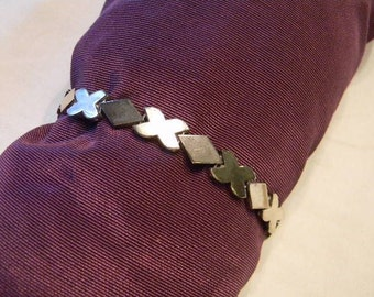 Heavy Thick Fashionable 925 Sterling Silver X's And Diamond Shapes Bracelet weight 5.6 grams length 8 inches #2229