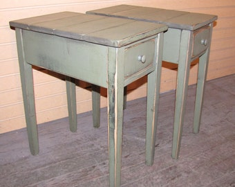 ONE Distressed Shaker End Table with Drawewr - Rustic Cottage Style -Color Choice - FREE SHIPPING