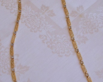 Golden Chain with Bling - Necklace