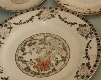 Set of 3 antique J & G Meakin England china plates in graduated sizes beautifully aged and worn