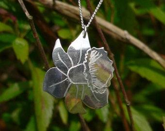 Silver Daffodil Pendant
