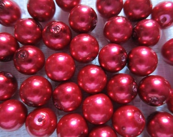 25  Christmas Deep Ruby Red Round Glass Pearl Beads  8mm