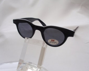 "Vintage Sunglasses ""Round Long Horn"" (Black) Retro Round Vintage Sunglasses, Cute Sunglasses"