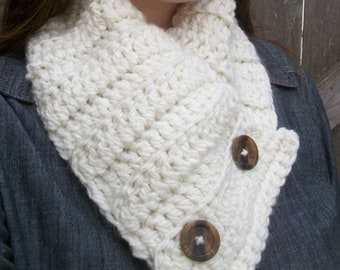 Buttoned Scarf , Cowl Scarf , Chunky Neck Warmer , Button Up Cream Scarf , Ladies Womens