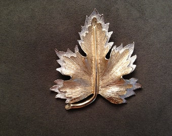 Vintage Sarah Coventry Signed Two Tone Leaf Brooch