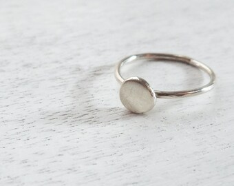Sterling Silver stacking Ring / Silver Disc Ring / Basic Silver Ring / Classic Ring / Basic Ring / Minimalist Silver Ring / Ring For Her /