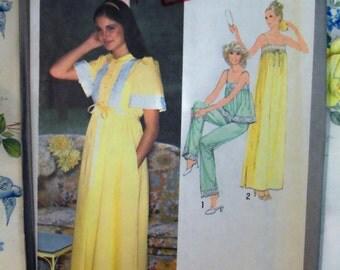 VINTAGE 1977 Simplicity 8766 Misses Robe, Nightgown & PAJAMAS Pattern sz 12 UNcut