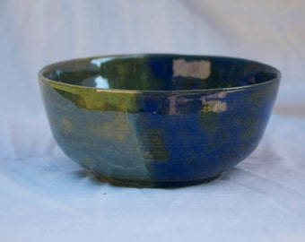 Small Bowl in Blue Surf and Vert Lustre (dark blue and green)