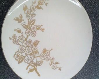 "Knowles Decorative Plate ""Apple Blossom"" 22 karat gold"