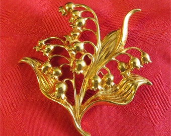 Vintage 1970's Gold Tone Flowers & Leaves Brooch Pin - Free Shipping