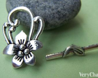 10 sets Antique Silver Five Leaf Flower Toggle Clasps A1267
