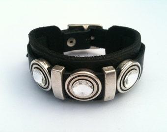 Leather bracelet with leather Swarovski sliders