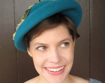 Turquoise Felt Hat, Vintage Style Blue Hat, Green Flowers Leaves, Womens Retro Hat, Handmade Millinery, Viola
