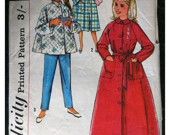 Vintage 1950s Paper Pattern - Simplicity 2755 - Girl's Lounging Pyjamas & Robe in 2 Lengths - Monogram - size age 14