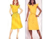 Wrap Dress Pattern - Butterick 4387 - Front or Back V / Reversible - Fast & Easy - Size 12 / Bust 34