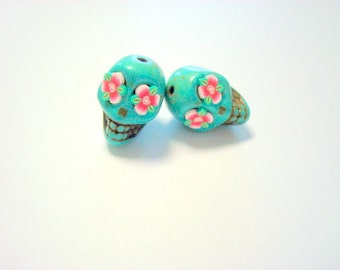 Red Rose Eyes in Small Turquoise Day of The Dead Sugar Skull Beads-12mm