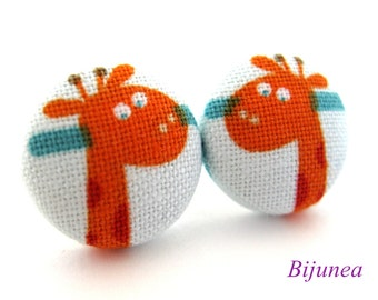 Animal Giraffe earrings - Orange giraffe earrings - Animal Giraffe studs - Giraffe stud earrings - Giraffe posts animal sf921