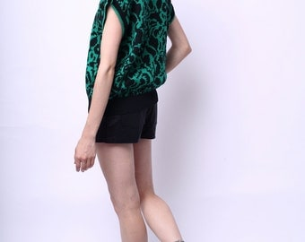 1980s Vera Distractions Sweater Shell in Green and Black