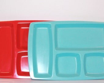 2 Peice Vintage Melamine Lunch Tray Set