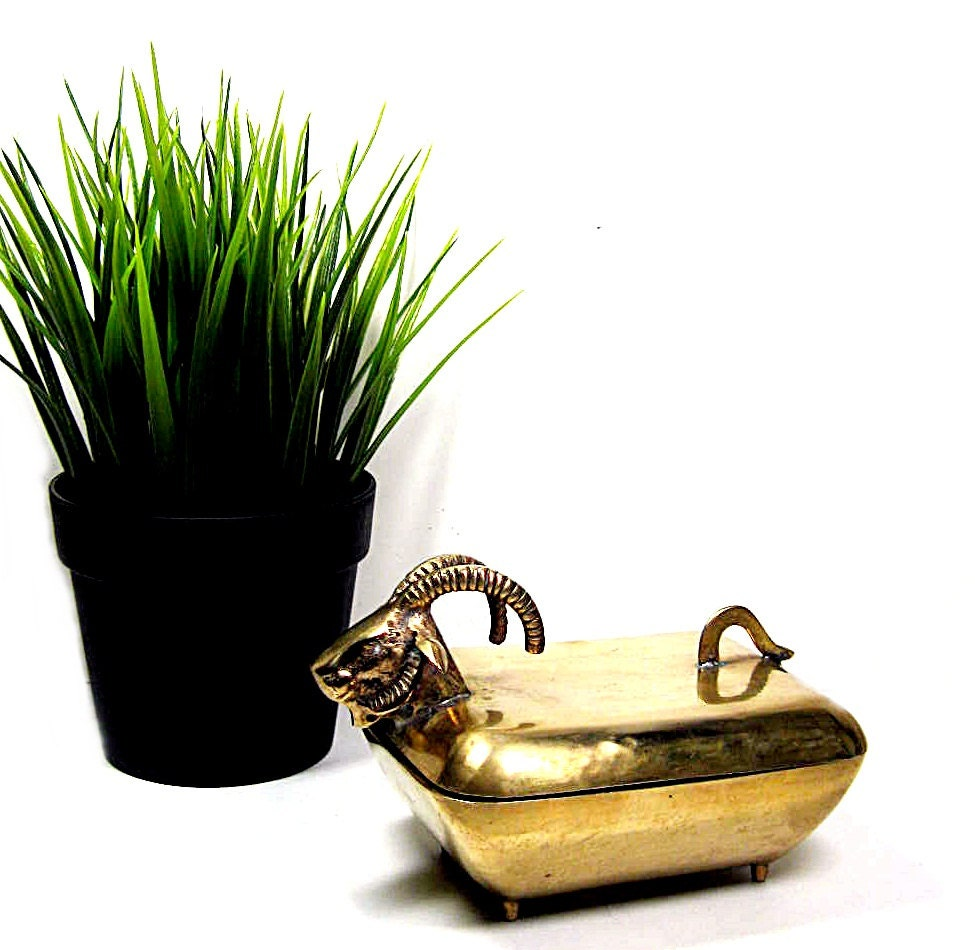 Vintage brass box rams head 1970s home decor for Home decor 1970s