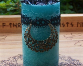 MORGAINE Witch of Avalon Pillar Candle w/ Filigree Moon Crescent, Black Lace for Celtic Druid Magic, High Priestess, Goddess, Lunar Alchemy
