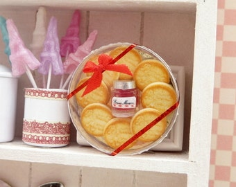 Bonne Maman Cookie and Confiture Gift Box