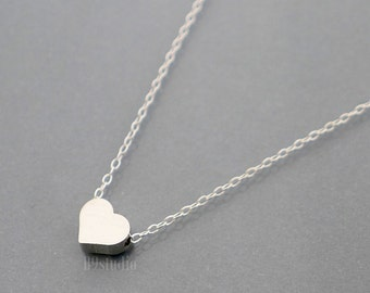 Small heart necklace, Minimalist heart necklace, holidays gift, dainty charm, sterling silver chain, love, everyday jewelry, christmas gift