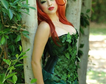 Poison Ivy Costume Cosplay Set, 3 pc with Corset, Green Leaf Batman Villain Custom Size – Comic Con, Halloween