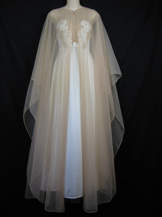 Lace Peignoir Set 1970 S White Lace Wedding Nightgown And