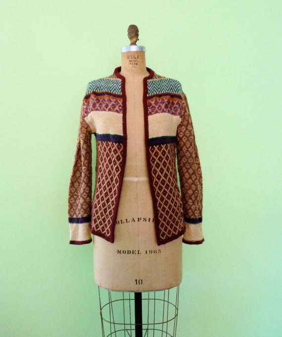 Moving SALE / Vintage 70s Cardigan Space Dye Sweater Maroon Lattice Stripe Pattern S/M