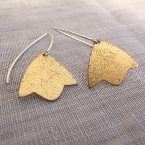 gold dangle earrings - shape 3