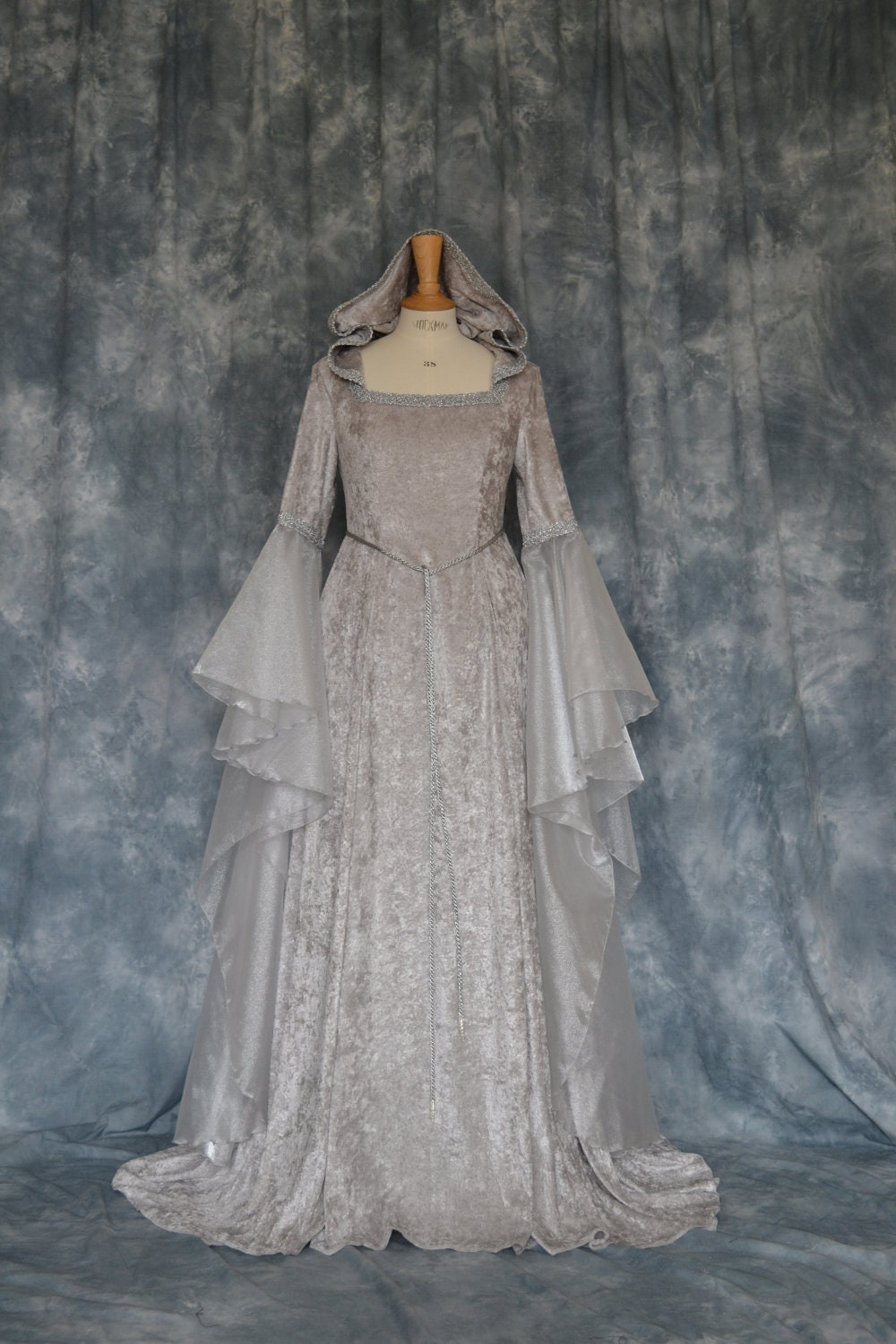 Ceara a pagan medieval elvish hand fasting wedding dress for Have wedding dress made