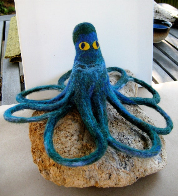 Sale Needle Felted Octopus Large Blue Green Cephlapod with Coiled Arms Ocean Decor Display or Toy Sturdy Felted Creature