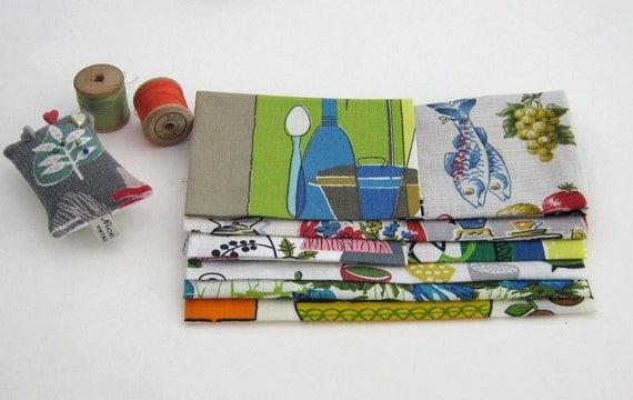 Vintage Fabric Remnants  - Fifties Kitchen Assortment