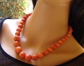 Graduating Orange Coral Necklace ALLEU