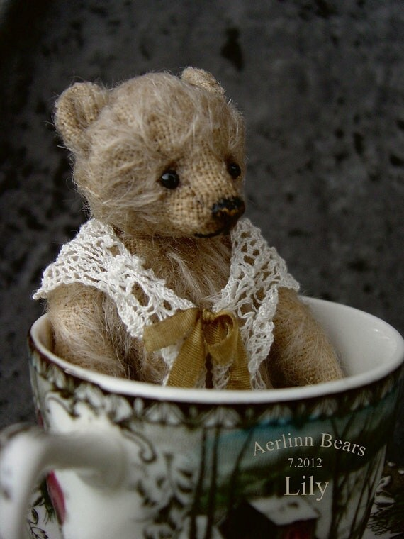 Lily, Miniature Mohair Tea Cup Artist Bear from Aerlinn Bears