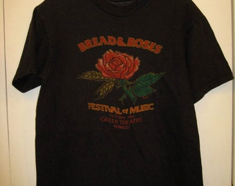 Vintage Bread and Roses Festival of Music 1981 Rock Band 1980's T-shirt size Medium