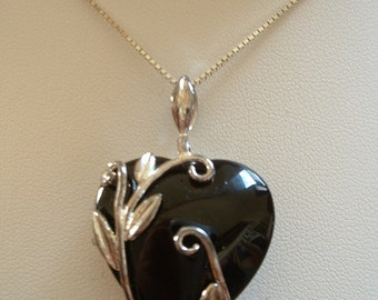 Vintage HEART Black Glass Crystal Set in Sterling Silver Pendant Necklace with Sterling Chain Made in Italy